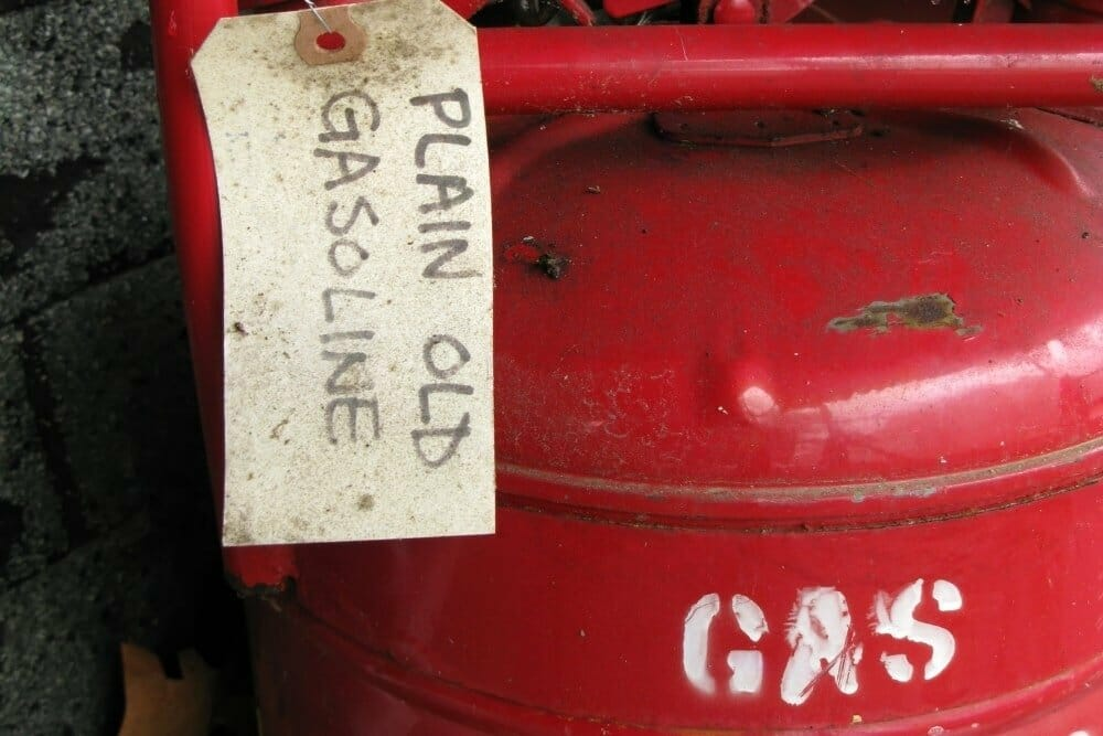 How to Dispose of Old Gasoline? (Step by Step)